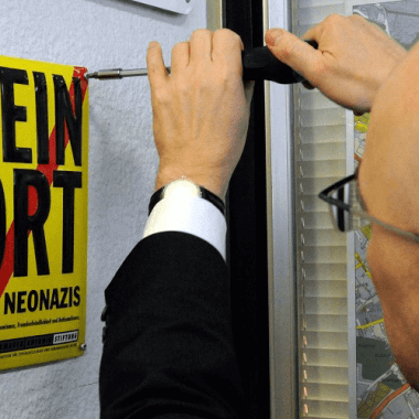 Kein Ort für Neonazis (This is not a place for neo Nazis) aluminium sign Torsten Albig, the mayor of Kiel, Germany, got involved  as well when he put up one of the signs on Kiel city hall